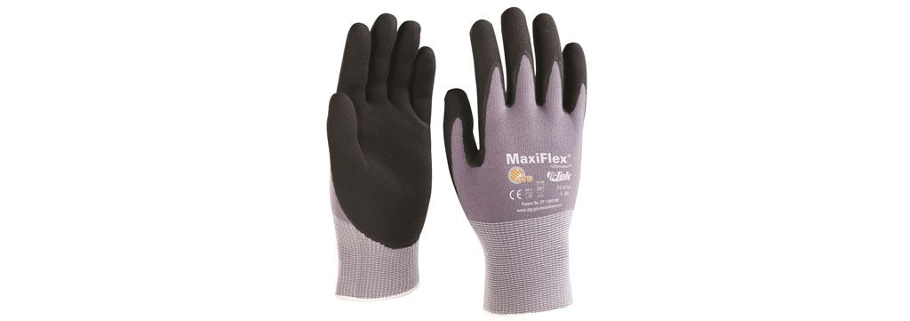 Lightweight gloves to protect against blisters in your hands when rowing.